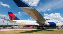 delta airliner
